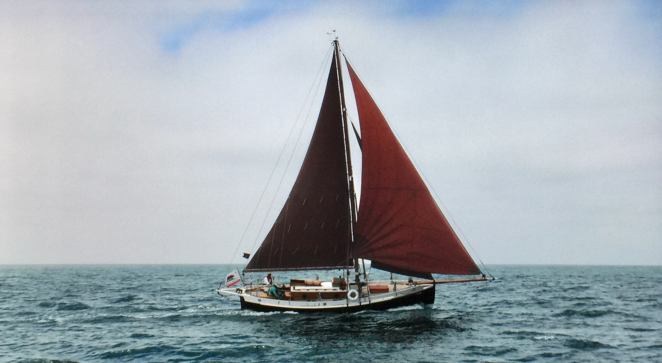 Sailing boat with air head compost toilet installed
